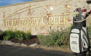 Thornberry Creek Golf Course Bag with Sign