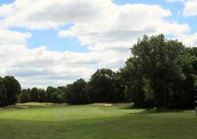 Lake Arrowhead Golf Course - Lakes Course - Hole 1 Tee