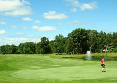 Lake Arrowhead Golf Course - Lakes Course - Hole 2 Green