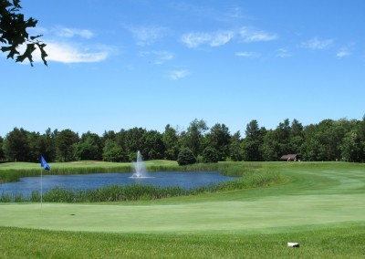 Lake Arrowhead Golf Course - Pines Course - Hole 17 Green