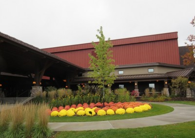 SentryWorld Clubhouse Entrance Fall Colors
