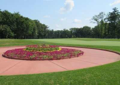 SentryWorld Clubhouse Putting Green
