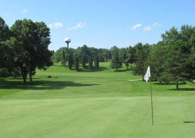 Baraboo Country Club Hole 2 Green