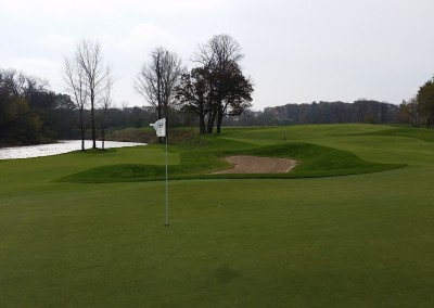 Blackwolf Run - River Golf Course Hole 9 Cathedral Spires Green