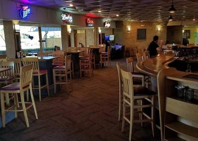 Fox Hills Resort Bar Area