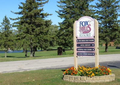 Fox Hills Resort Directional Sign