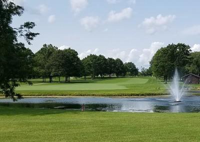 Brown Deer Golf Course Hole 1 Fountain