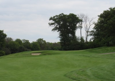 Hawks View Golf Course Approach