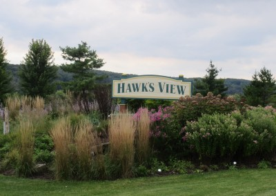 Hawks View Golf Course Sign