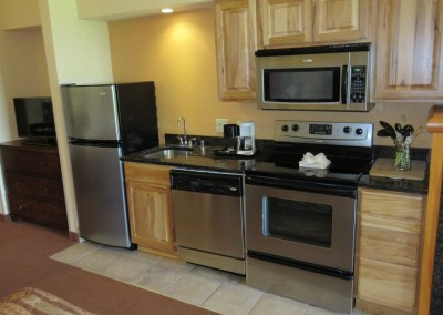 Coldwater Canyon Golf Course Chula Vista Villa Studio Suite Kitchenette
