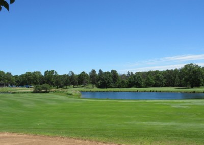 Lake Arrowhead Golf Course - Pines Course - Hole 10 Fairway