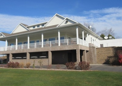The Oaks Golf Course Clubhouse