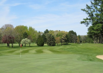 Reedsburg Country Club Hole 8 Green