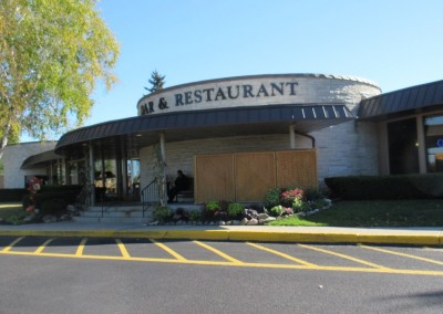 Fox Hills Resort Restaurant Exterior