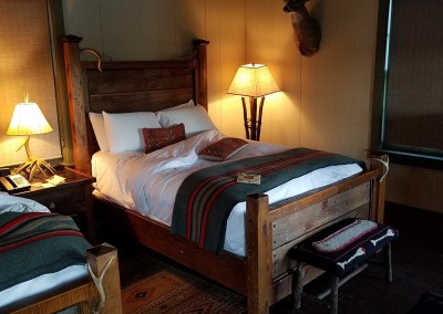 Big Cedar Lodge Lakeside Cottage Bed