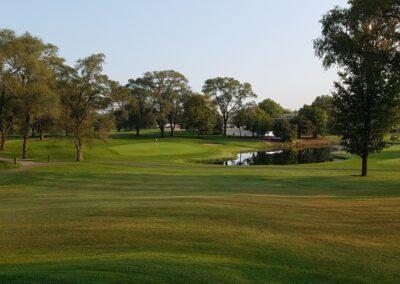 Lake Windsor CC (124) Hole 2 Green