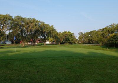 Lake Windsor CC (136) Hole 4 Green